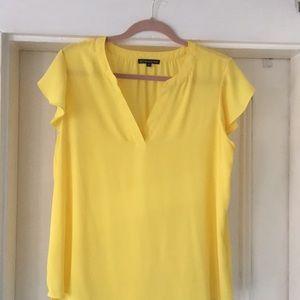 Adrianna Papell short sleeve yellow v-neck blouse